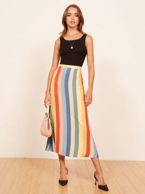 This type of skirt will make your summer outfits look (much) more expensive