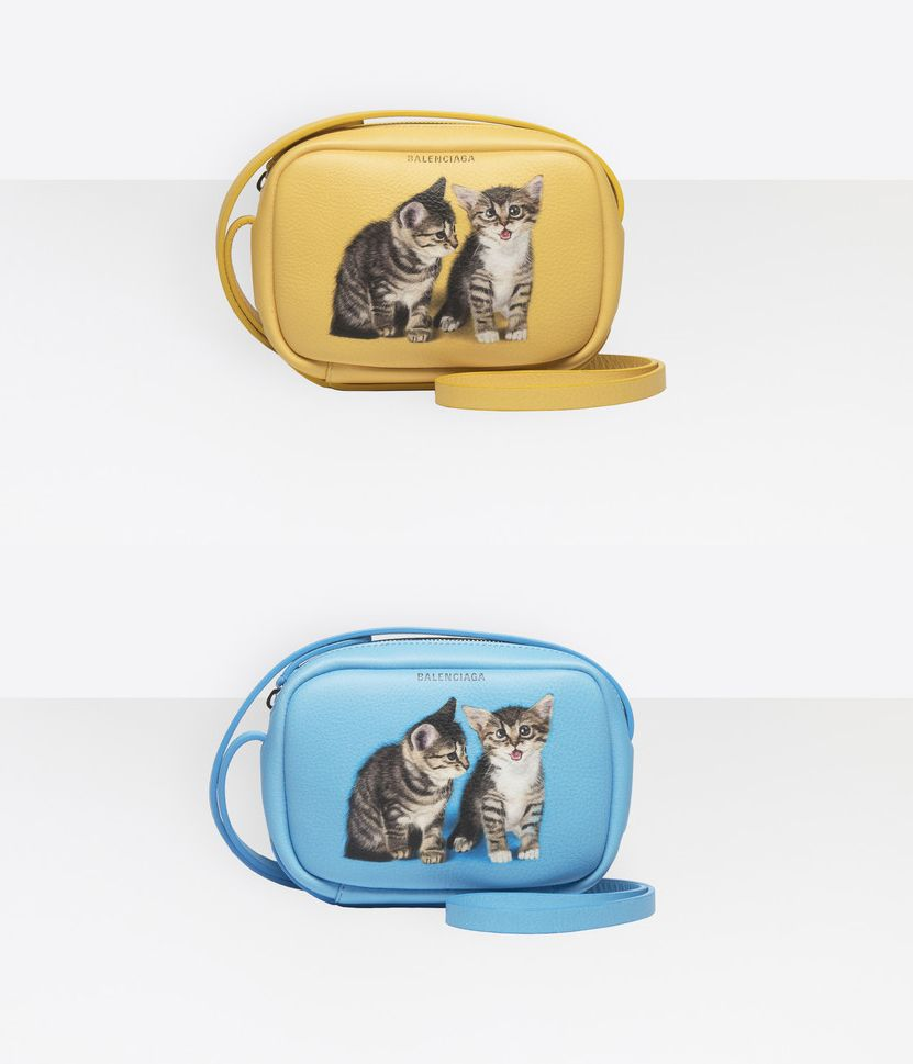 balenciaga-kitten-everyday-camera-bag
