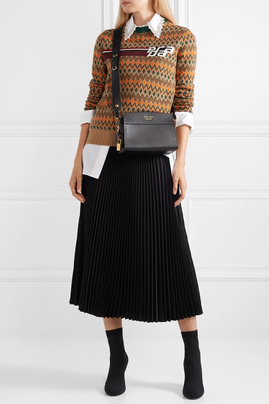 prada-fall-2018-pleated-skirt-intarsia-sweater-look
