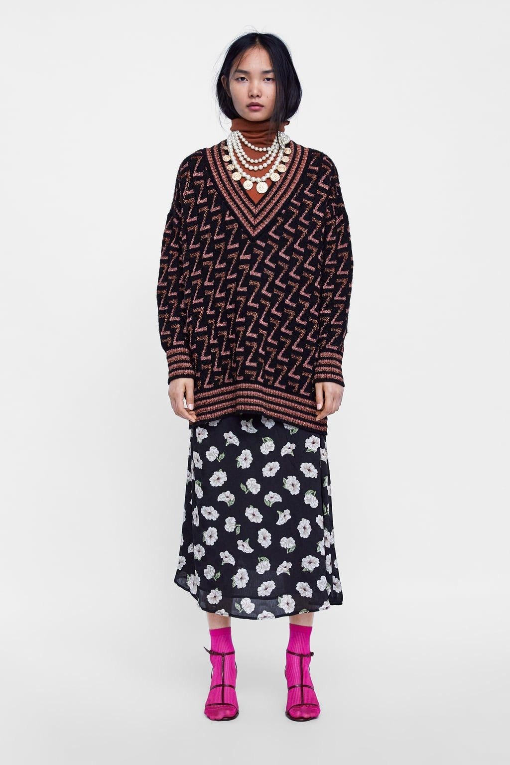 This Fall You Definitely Need A Printed Midi Skirt In