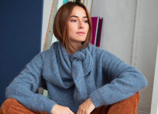 How to wear a sweater as a scarf like a fashion pro