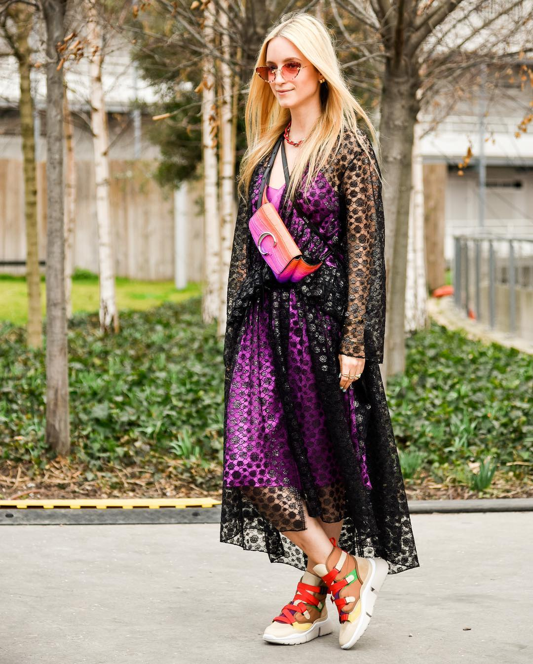 paris-fashion-week-fall-2019-street-style-charlotte-groeneveld-in-chloe