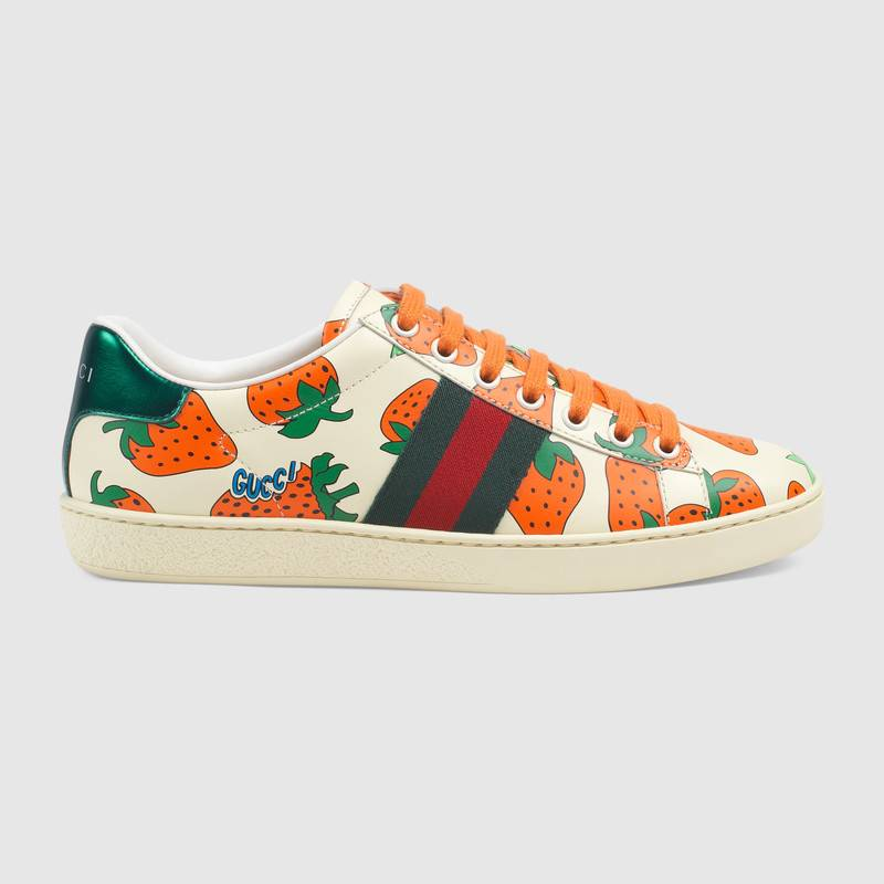 gucci-ace-leather-sneaker-strawberry-pring