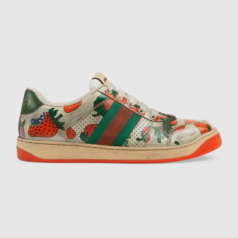 gucci-screener-stwarberry-print-leather-sneaker