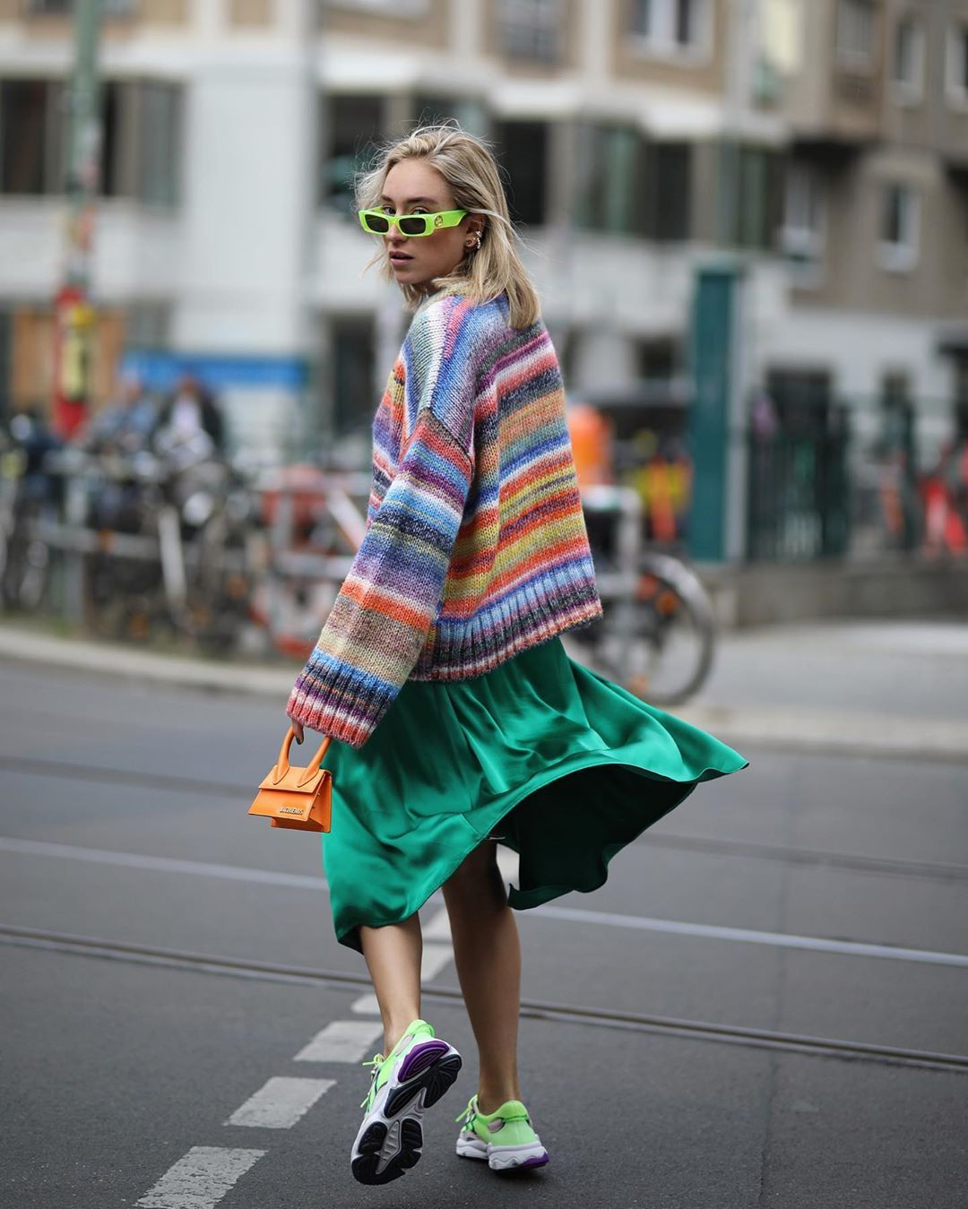sonia-lyson-sneaker-outfit-fall-inspiration