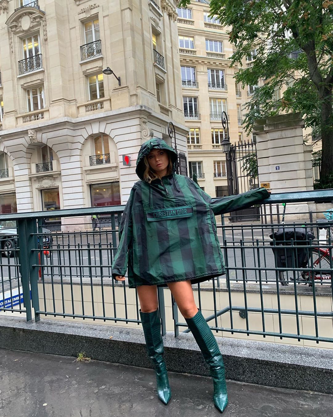 veronica-ferraro-jimmy-choo-Mavis-85-green-leather-knee-high-boots-paris-street-style