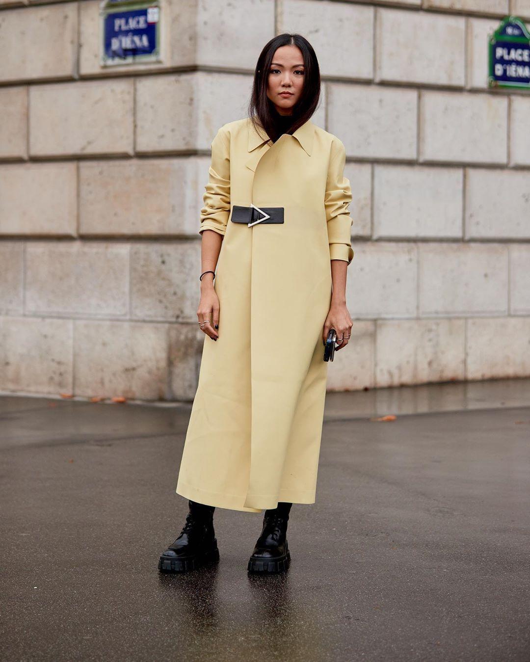 bottega-veneta-pale-yellow-rubber-trench-coat-yoyo-cao-street-style
