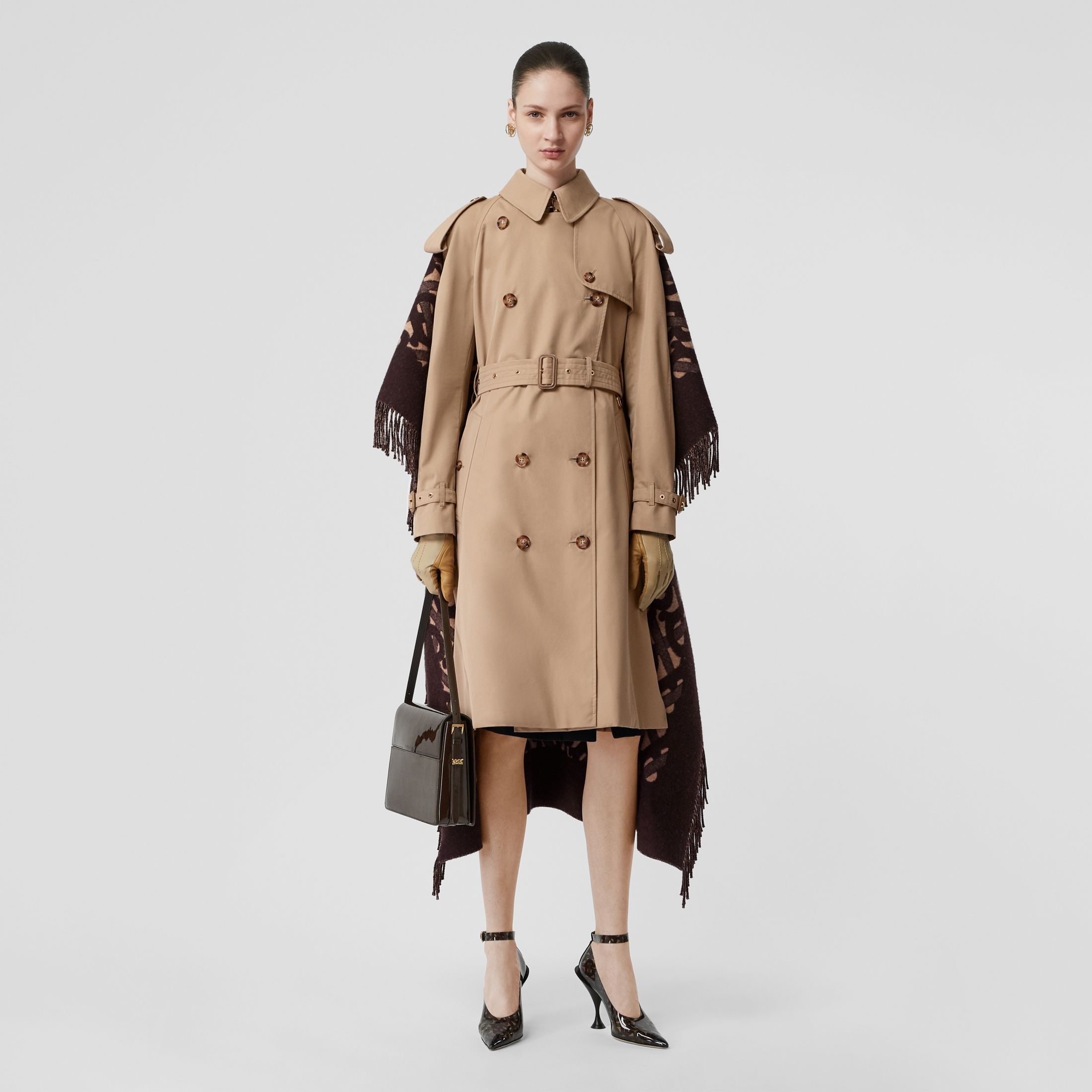burberry-blanket-detail-trench-coat