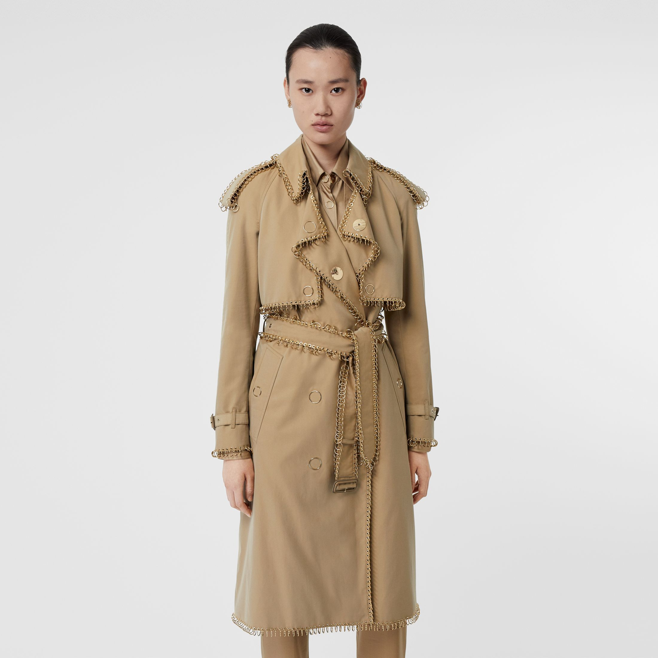burberry-ring-pierced-trench-coat