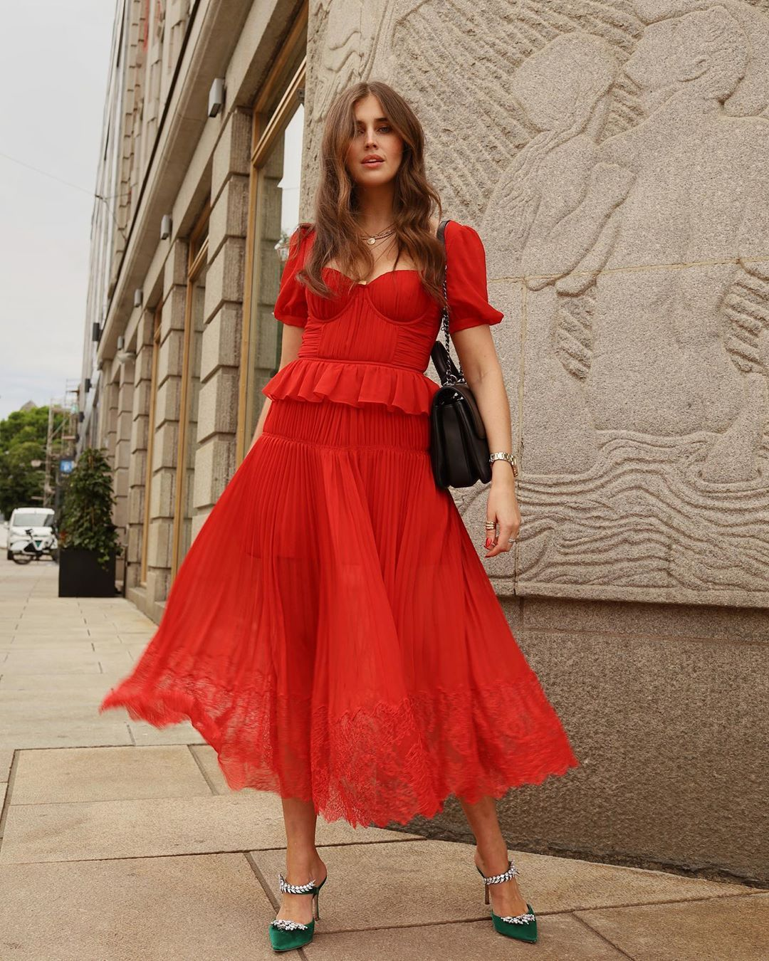 darja-barannik-self-portrait-pleated-chiffon-maxi-dress-red