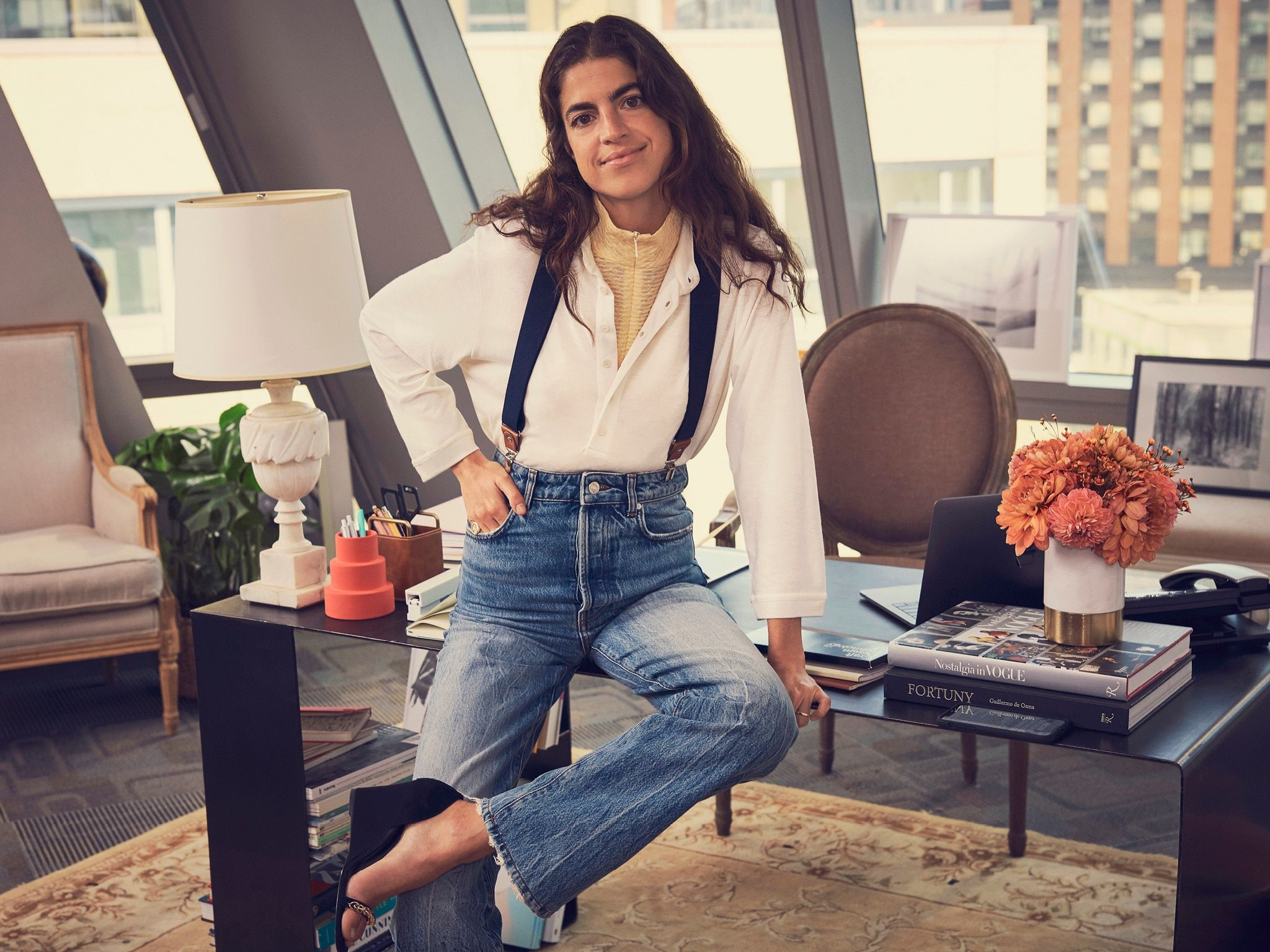 leandra-medine-x-mango-faded-relaxed-jeans-look-fw19-ad-campaign