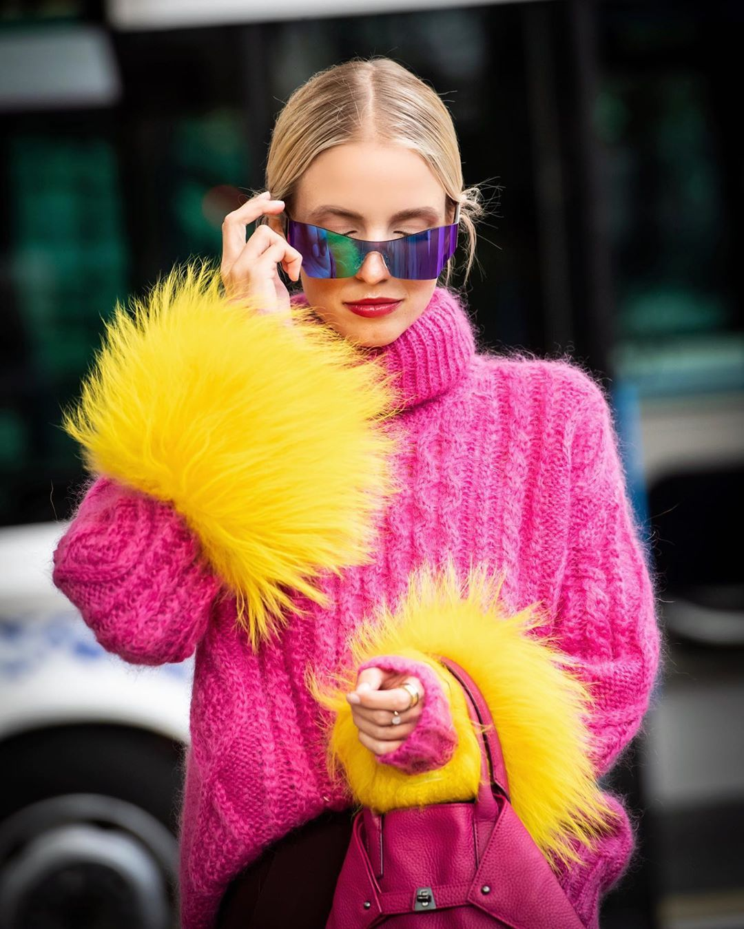 prada-yellow-shearling-trimmed-fuchsia-cable-knit-mohair-blend-sweater-leonie-hanne-instagram