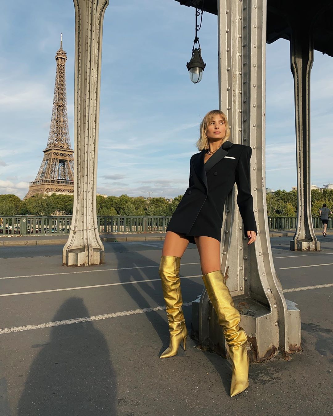 saint-laurent-kiki-metallic-gold-leather-over-the-knee-boots-xenia-adonts-paris