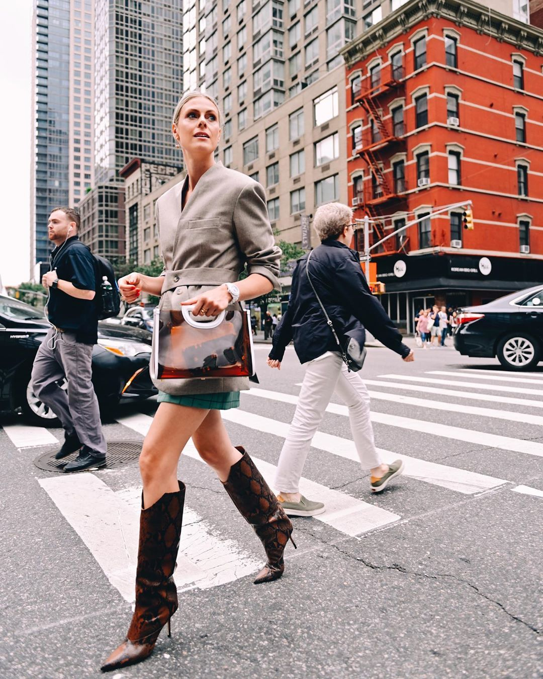 sofie-valkiers-jimmy-choobrelan-85-snake-effect-boots-new-york-street-style