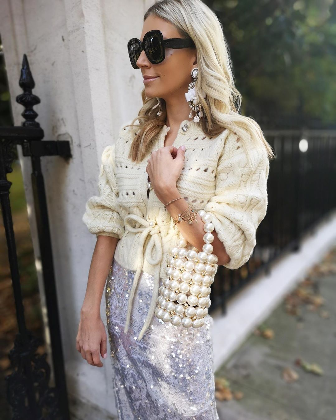 cardigan-sequined-skirt-party-outfit