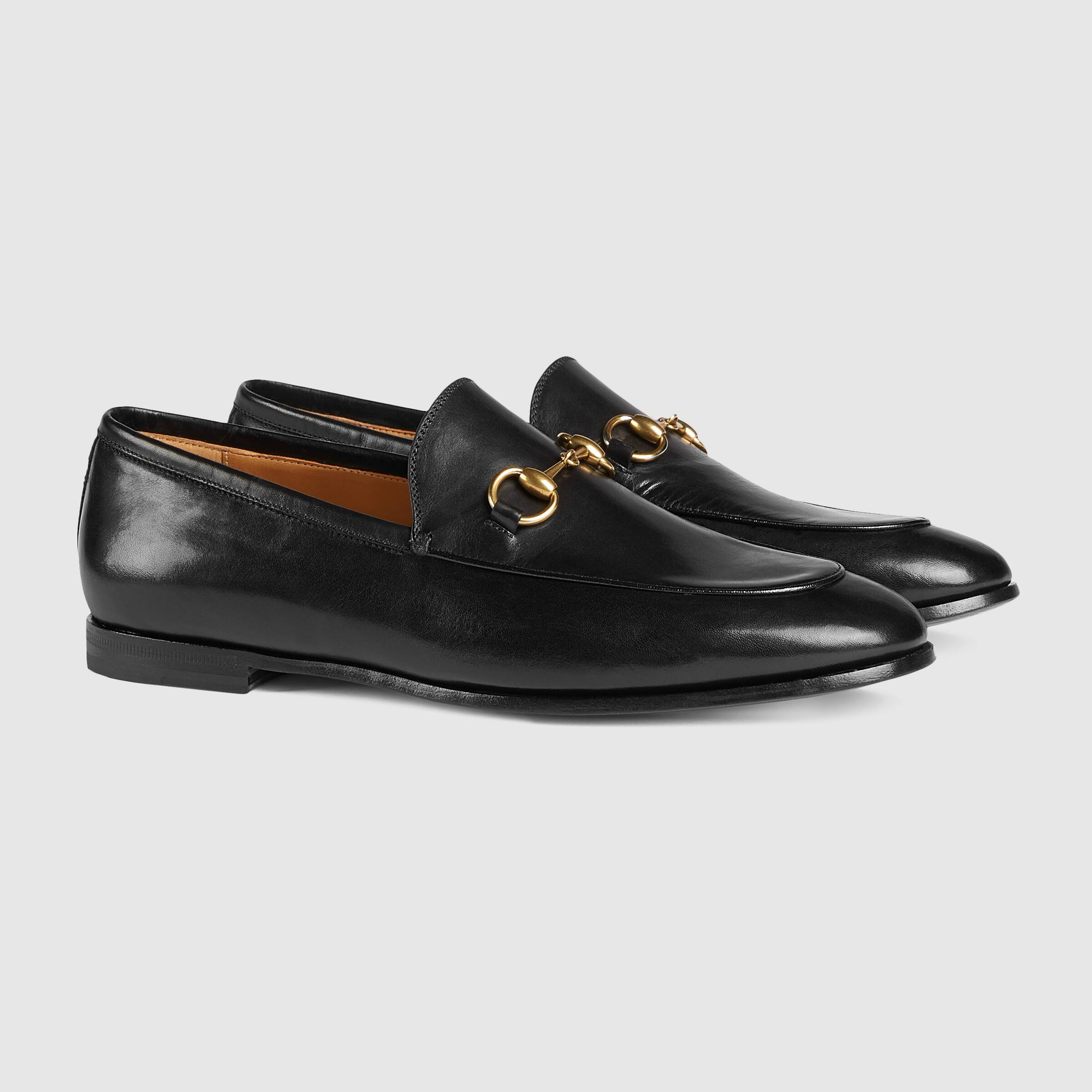 ucci-jordaan-leather-loafers-black.j