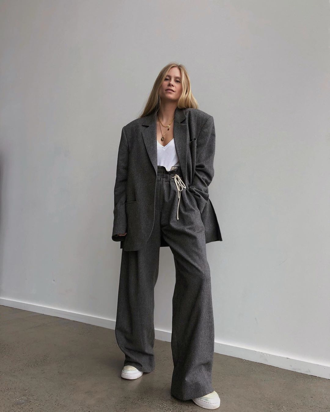 tine-andrea-grey-oversized-suit-fall-instagram