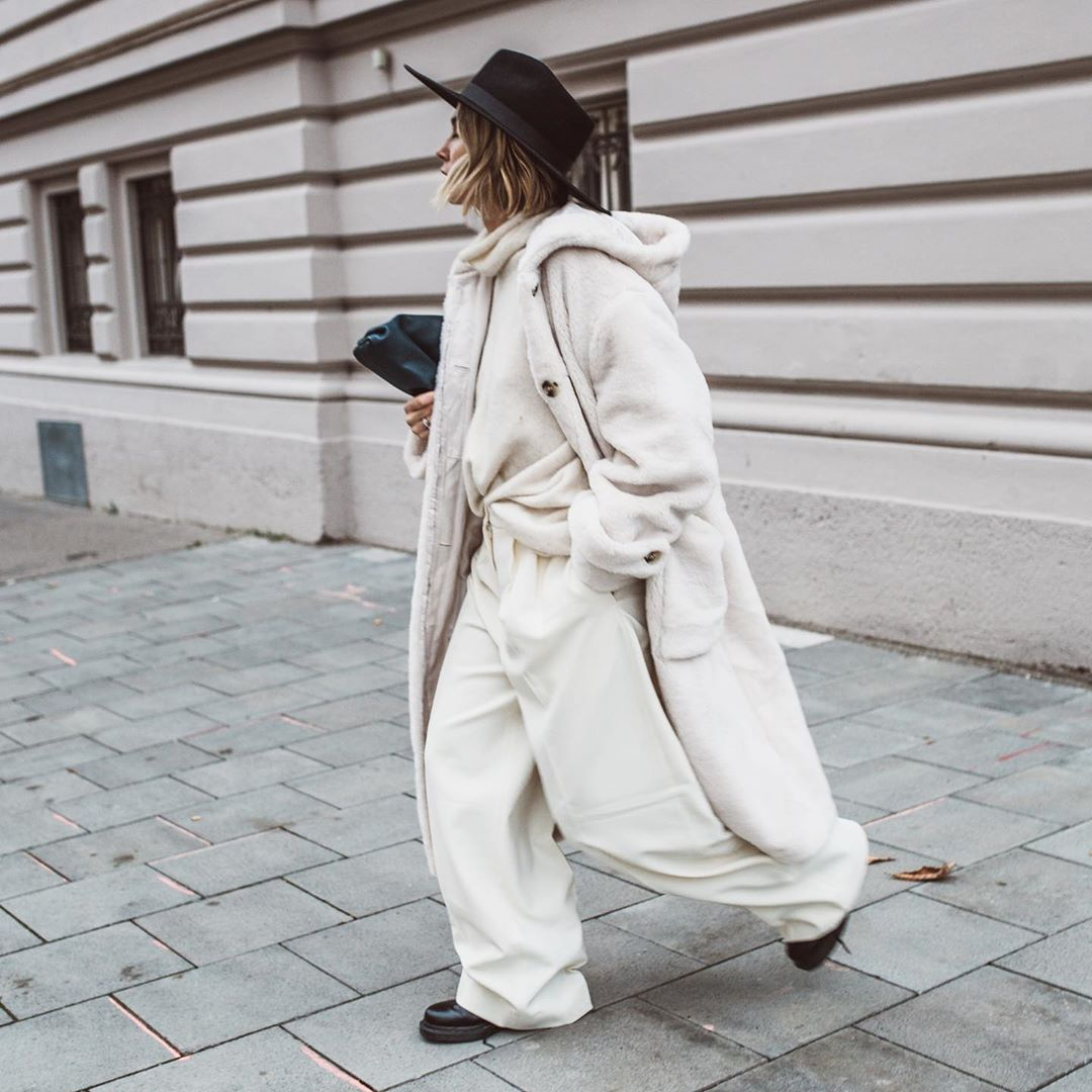 karin-teigl-winter-white-look-instagram
