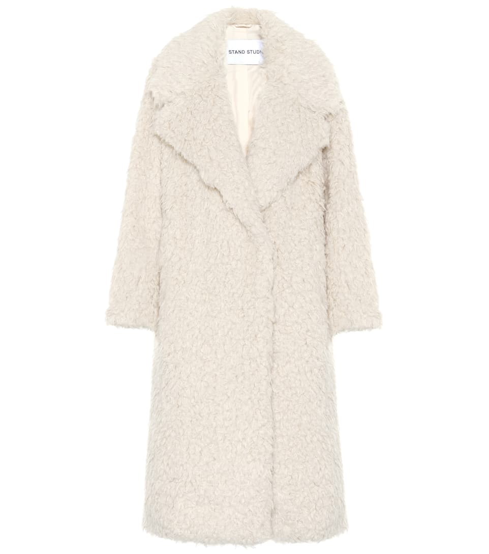 stand-studio-nicoletta-faux-fur-coat-white