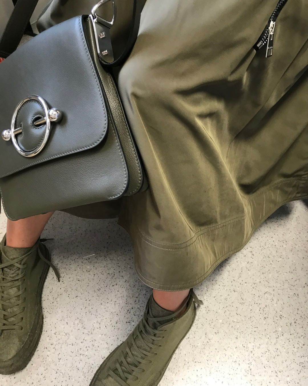 jw-anderson-army-green-disc-leather-shoulder-bag-clearance