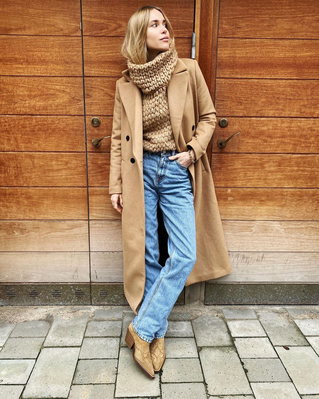pernille-teisbaek-mango-belted-wool-coat-beige-instagram