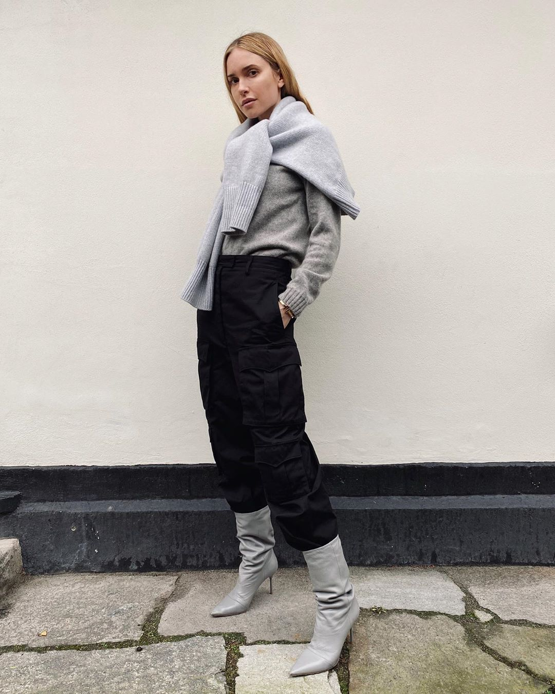 pernille-teisbaek-winter-wrapped-outfit-instagram