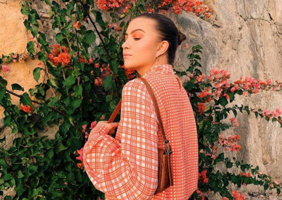 The summer-approved outfits style girls are making us crave while on Holiday break
