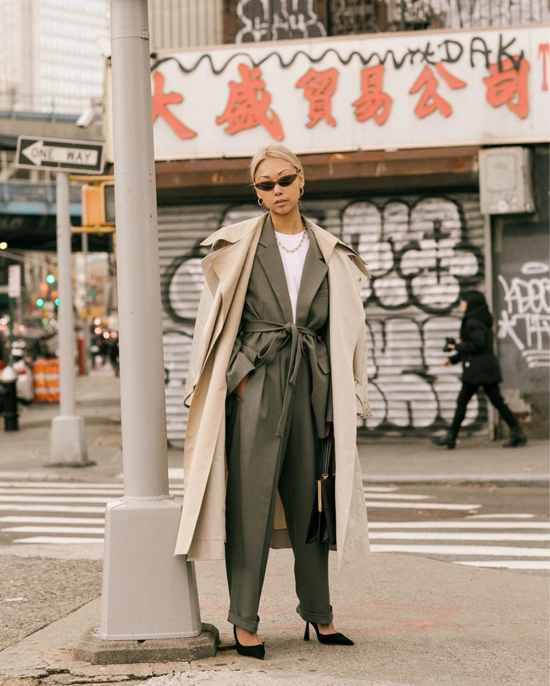 vanessa-hong-trench-over-suit-outfit-instagram