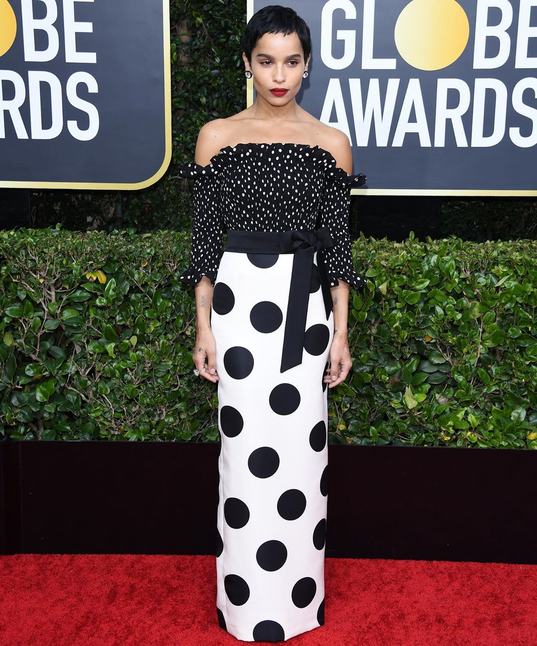 zoe-kravitz-ysl-golden-globes-2020-red-carpet