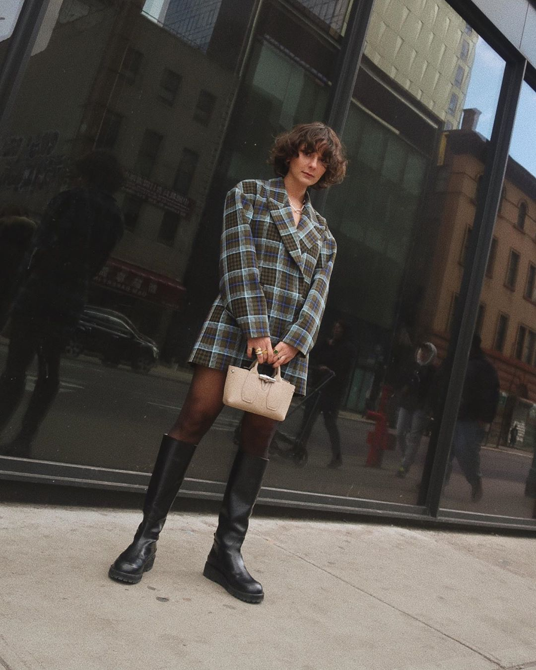 alyssa-coscarelli-tibi-spencer-plaid-oversized-blazer-nyfw