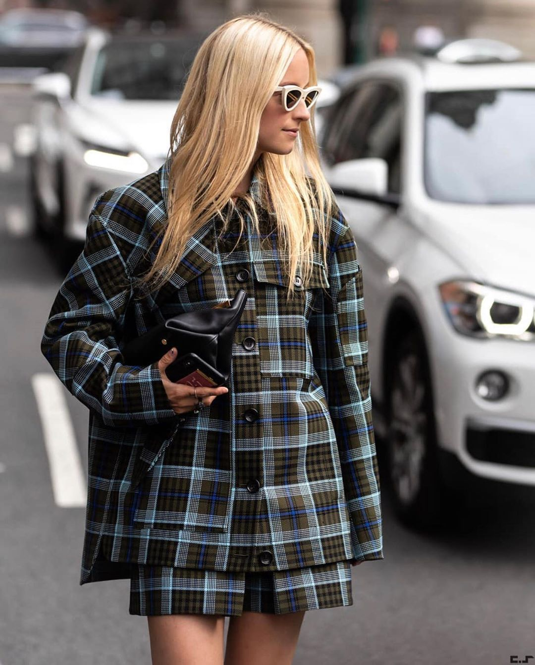 charlotte-groeneveld-tibi-plaid-workman-jacket-with-pocket-instagra