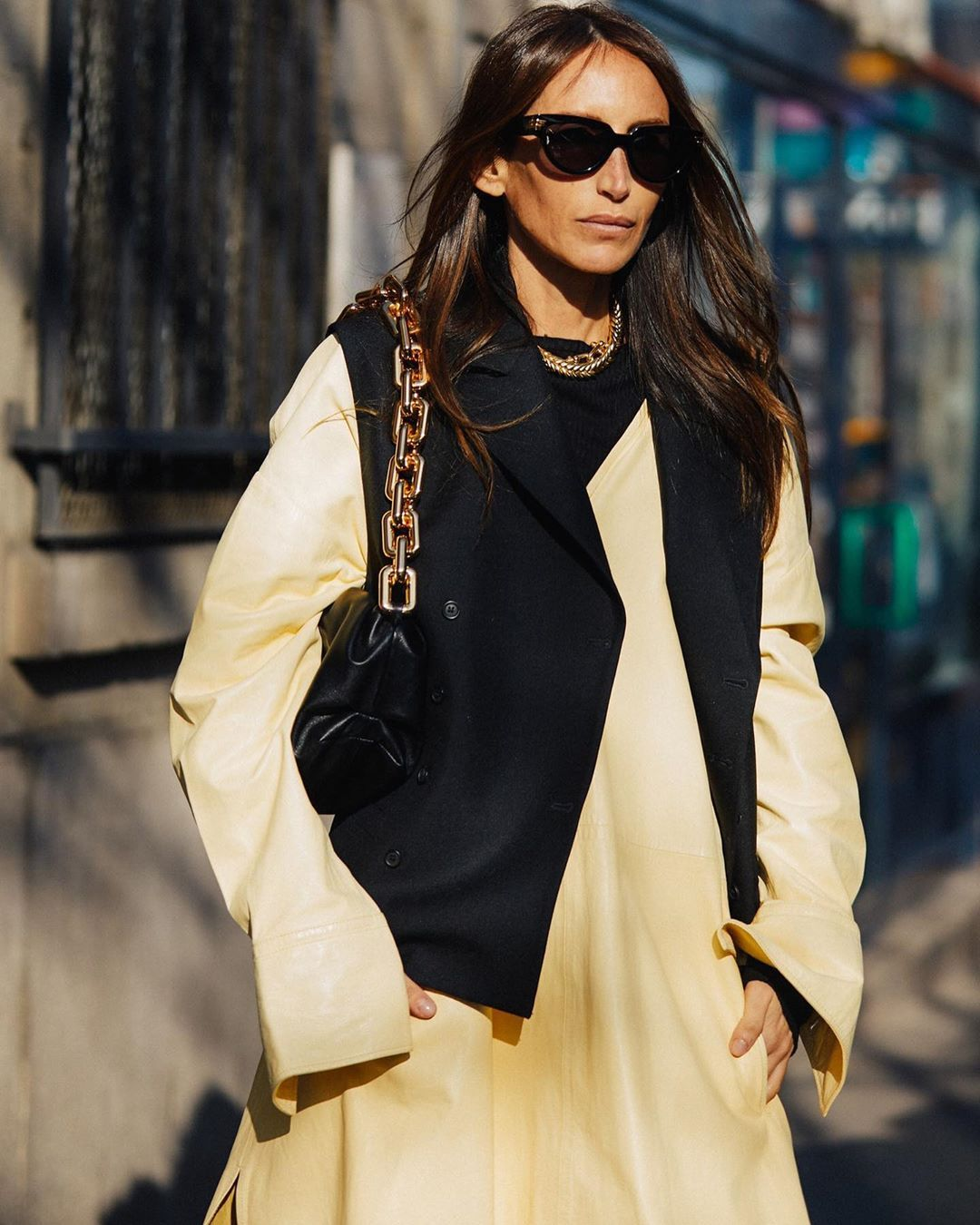 chloe-harrouche-vest-layering-outfit-paris-fashion-week-fall-2020