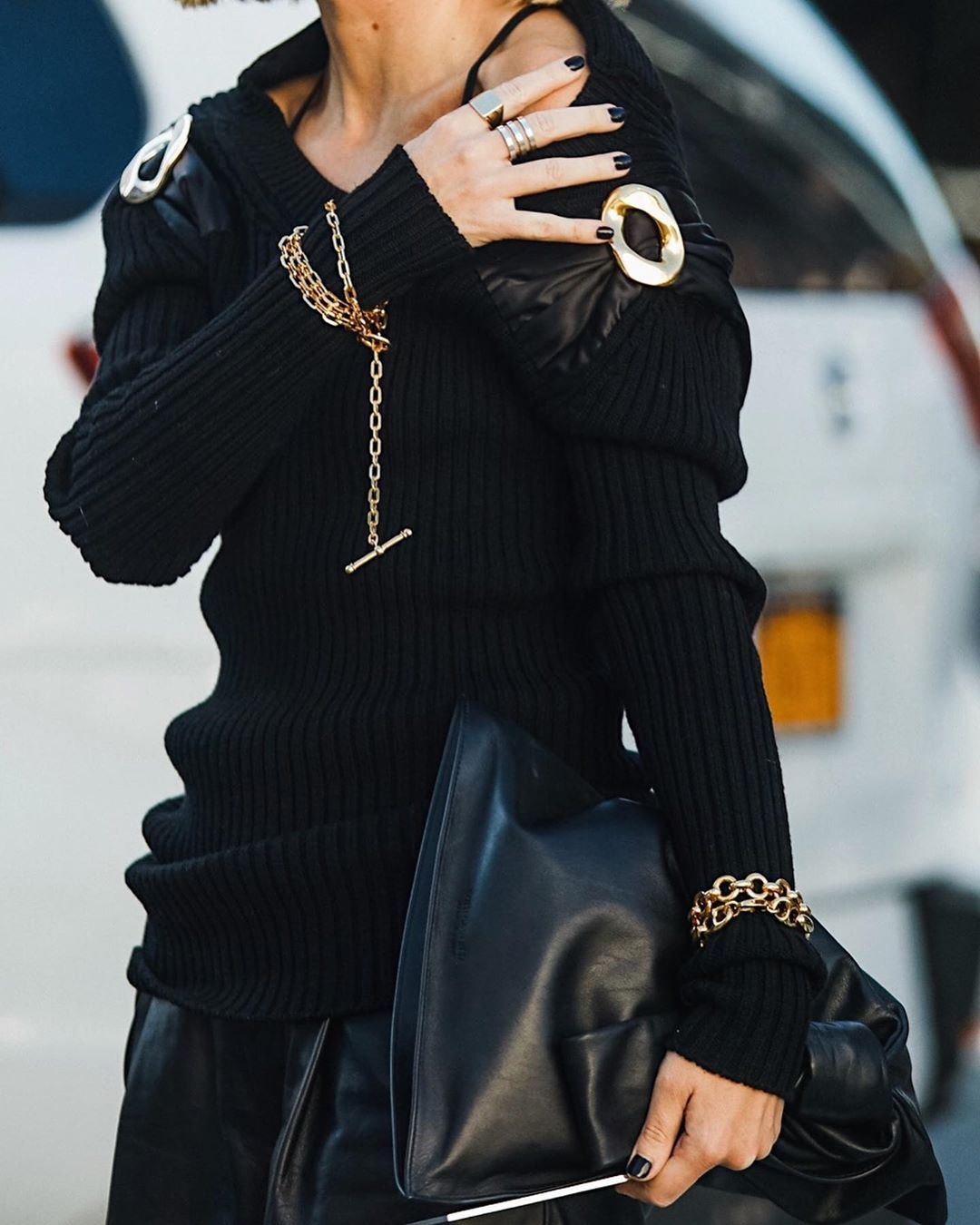 lisa-aiken-bottega-veneta-leather-trimmed-ribbed-wool-sweater-nyfw