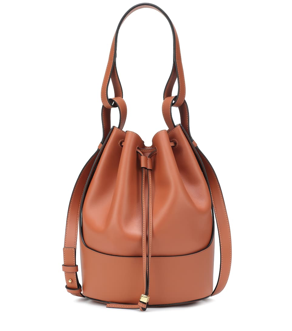 loewe-balloon-medium-leather-shoulder-bag