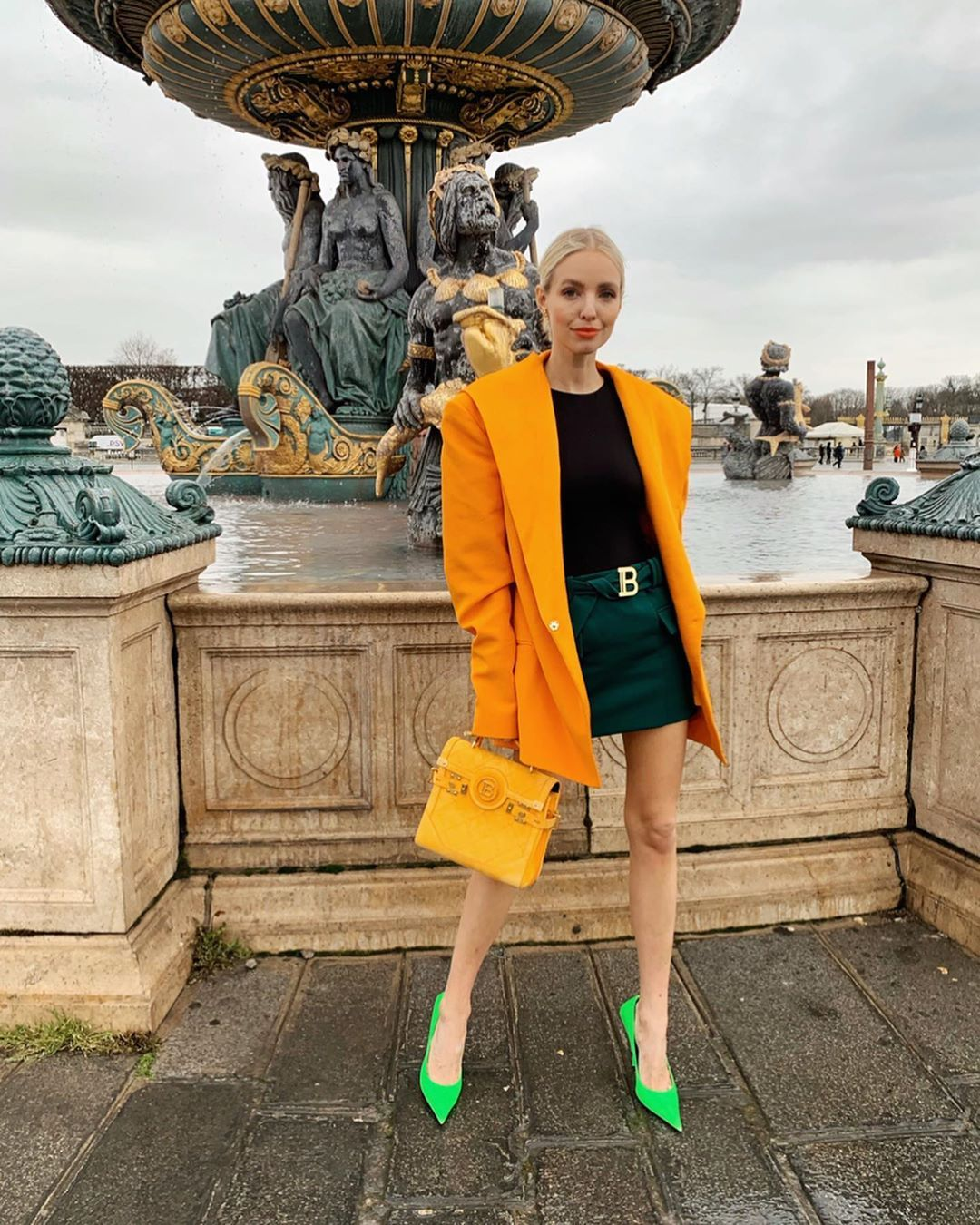 leonie-hanne-balenciaga-square-knife-pumps-neon-green-paris-street-style