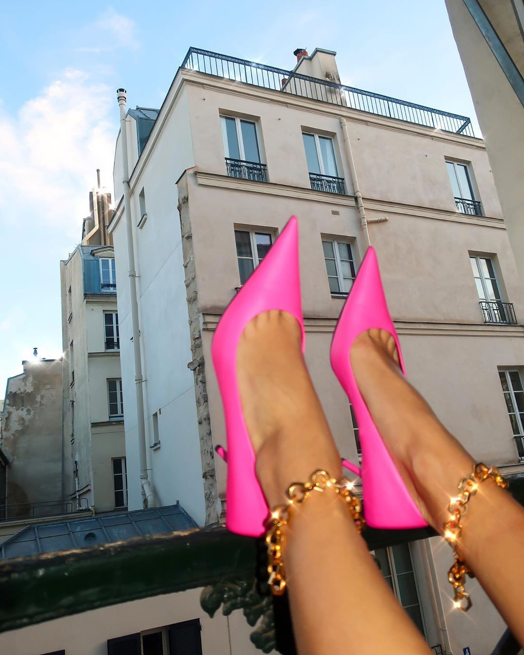 nina-sandbech-balenciaga-square-knife-pumps-pink-leather-instagram