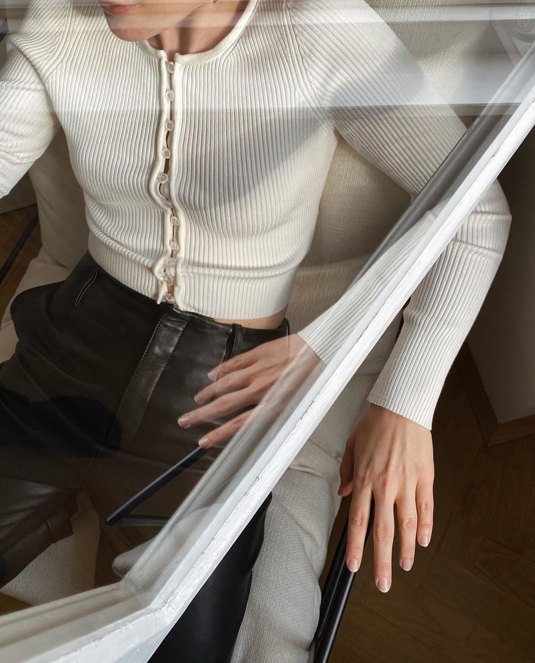 carola-pojer-other-stories-cropped-ribbed-cardigan-instagram