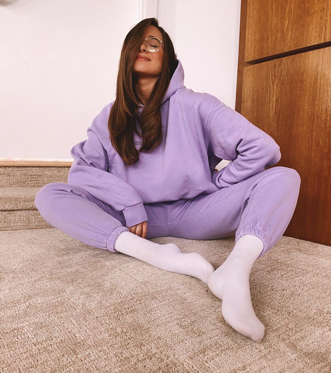 danielle-bernstein-light-purple-tracksuit-instagram