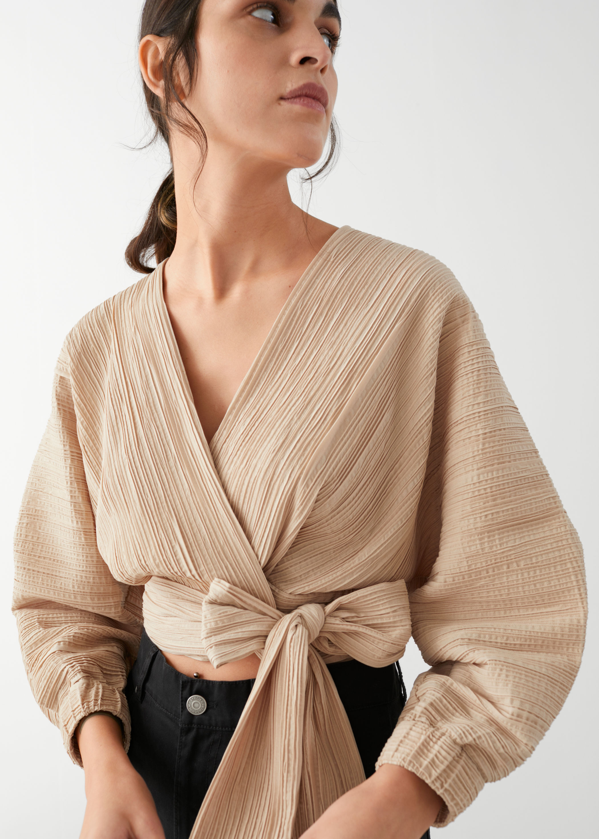 other-stories-wide-sleeve-plisse-wrap-blouse-beige