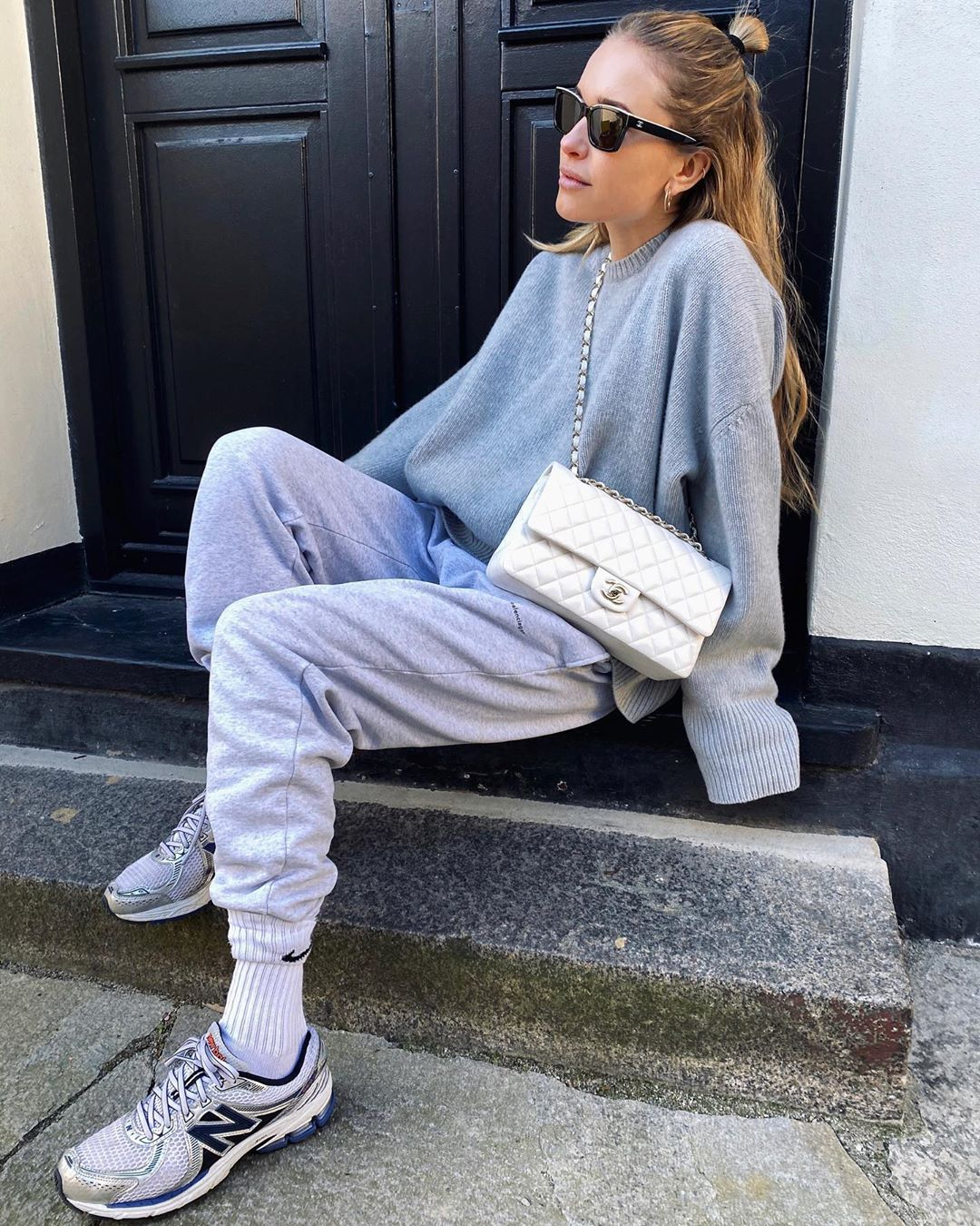 pernille-teisbaek-day-to-day-uniform-stay-at-home-instagram