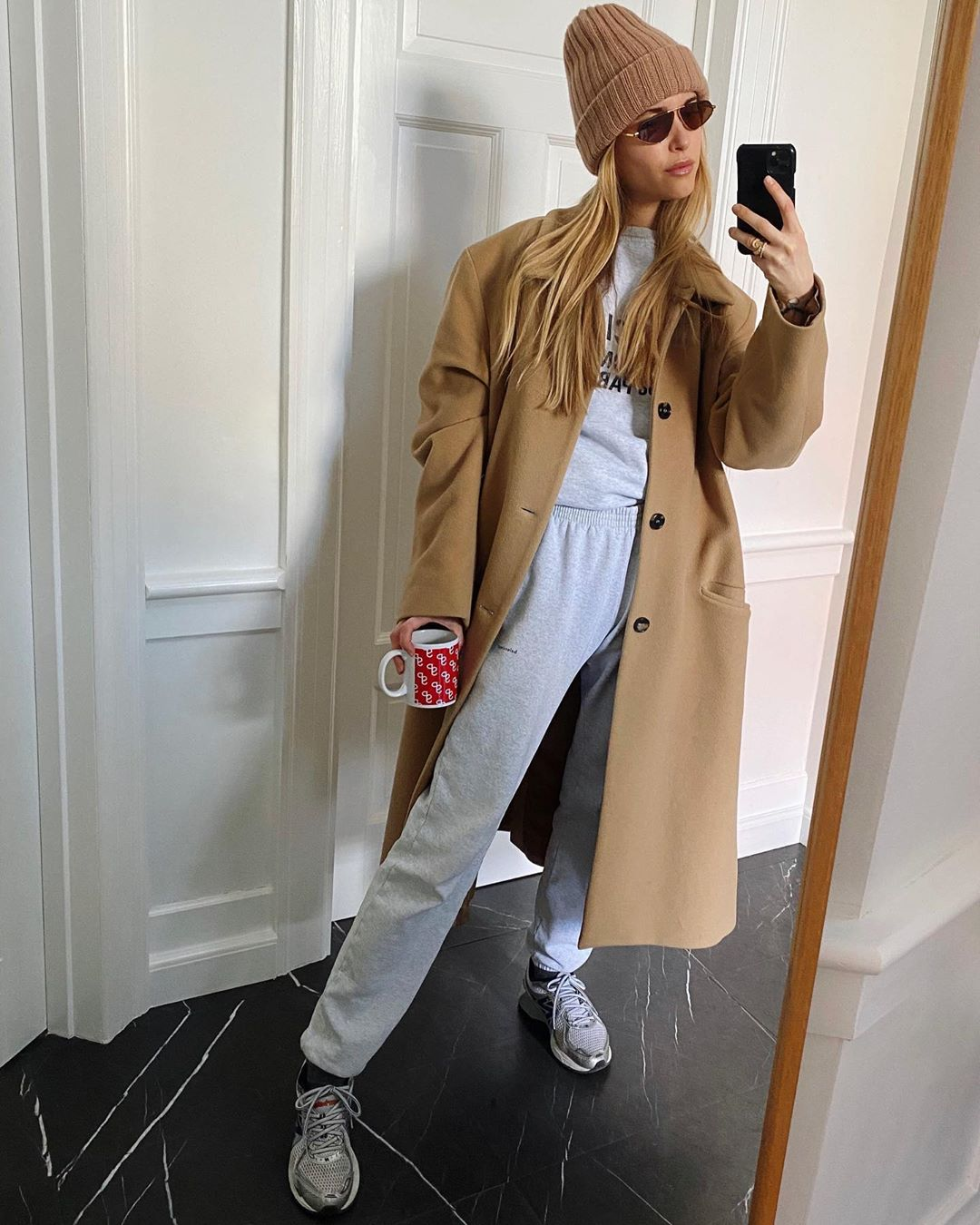 pernille-teisbaek-new-balance-860v2-sneakers-instagram