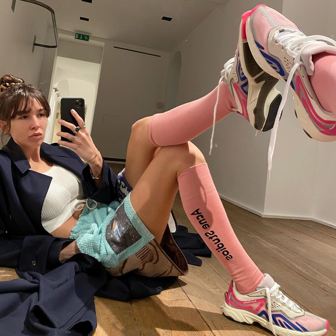 estelle-chemouny-acne-studios-trail-sneakers-white-blue-pink-instagram