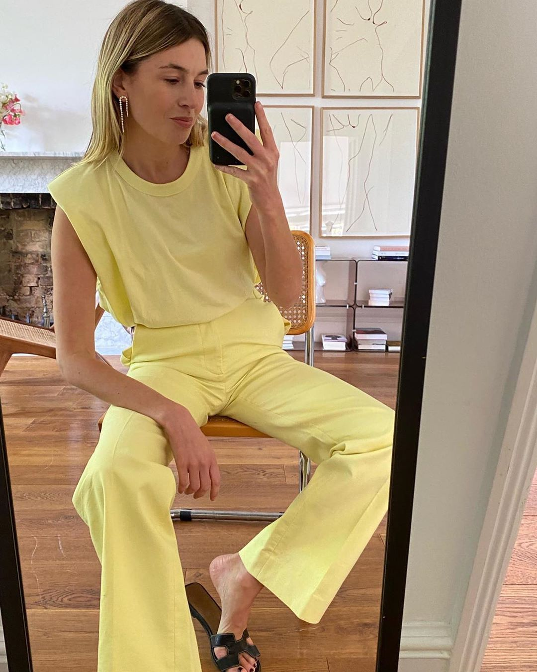 frankie-shop-x-camille-charriere-eva-padded-shoulder-muscle-t-shirt-in-yellow
