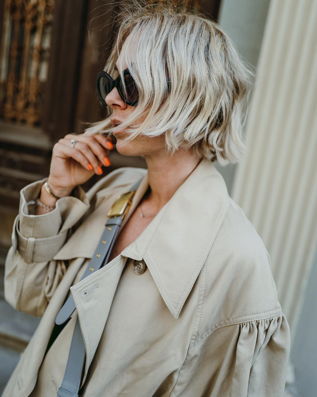 karin-teigl-hm-puff-sleeved-trench-coat-instagram