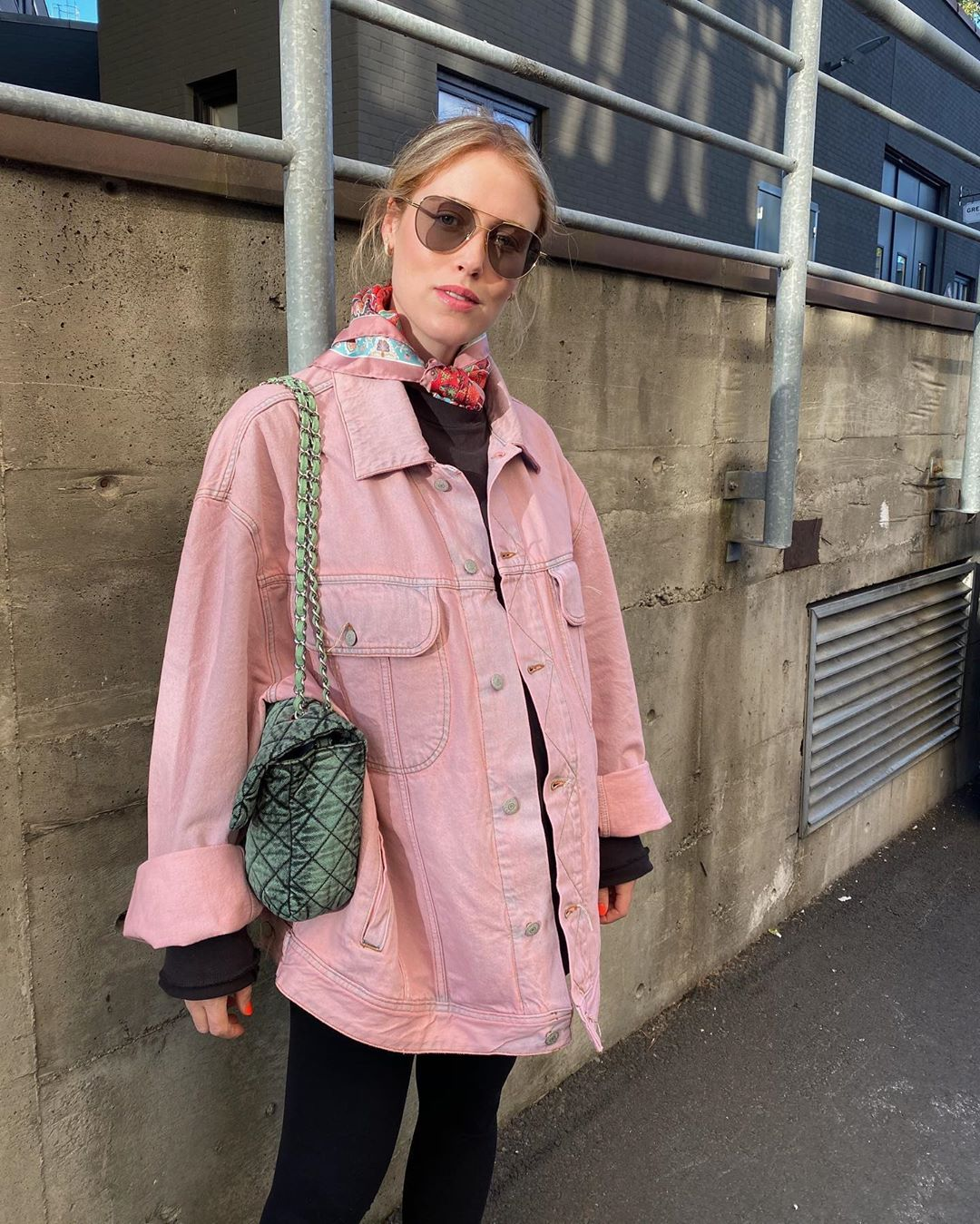 annabel-rosendahl-acne-studios-2000-denim-jacket-pink-instagram