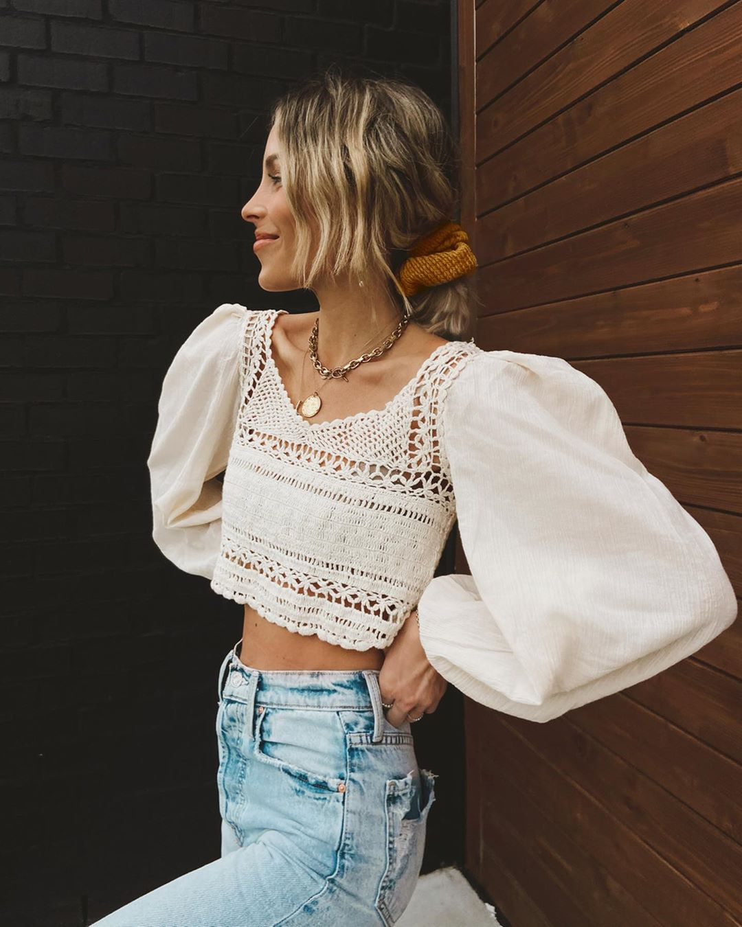 mary-lawless-lee-free-people-cynthia-crochet-cropped-top-instagram