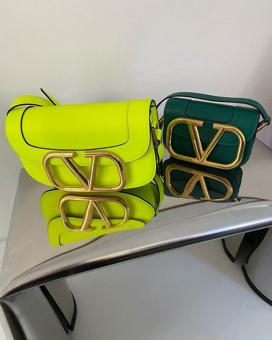 emili-sindlev-valentino-supervee-emerald-leather-small-shoulder-bag-instagram