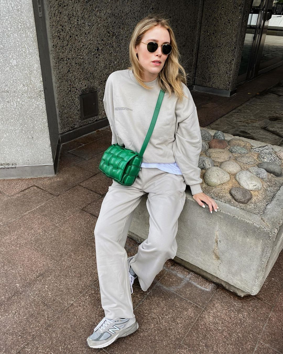 bottega-veneta-padded-cassette-bag-racing-green-annabel-rosendahl-instagram