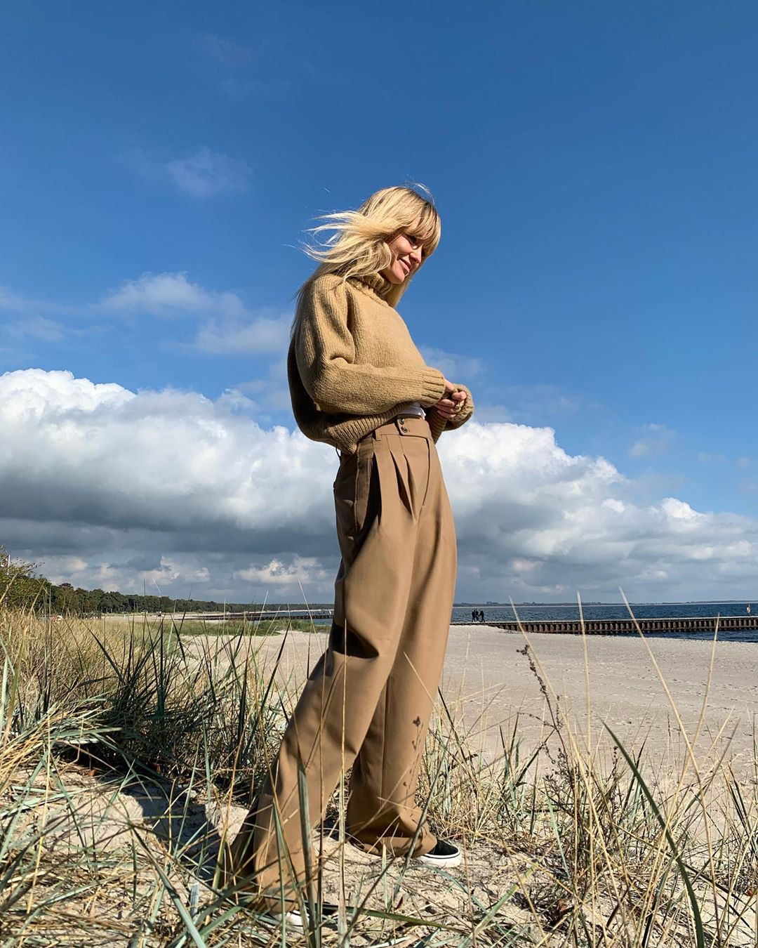 jeanette-madsen-edited-fall-look-instagram