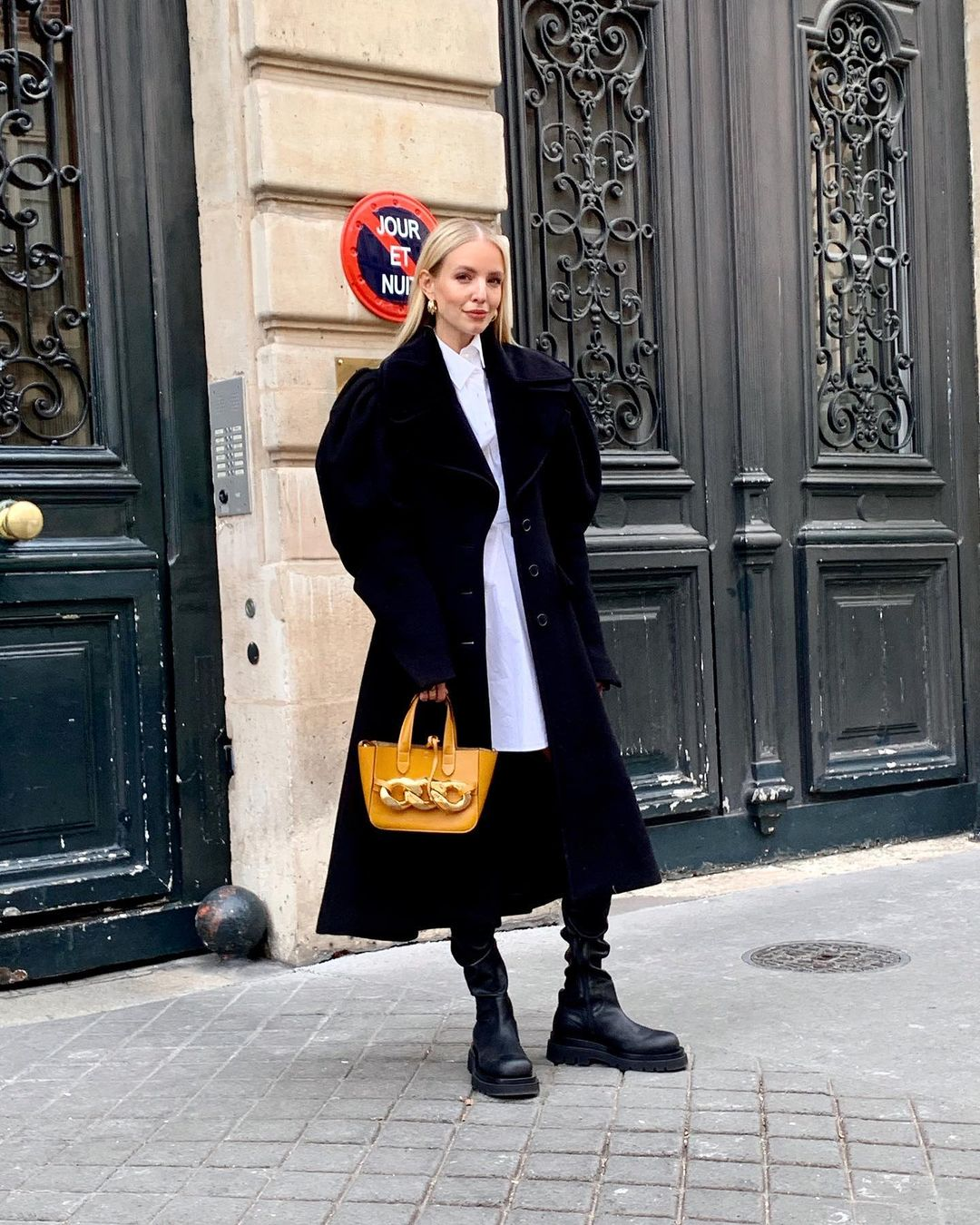 leonie-hanne-jw-anderson-puff-sleeved-wool-coat-instagram